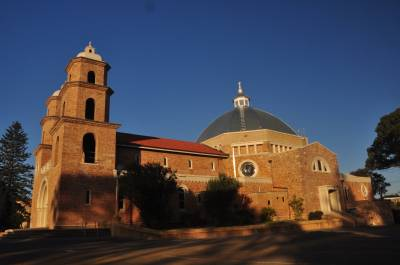 b2ap3_thumbnail_1777-St-Francis-Xavier-Cathedral-Geraldton-designed-by-Mons.-Hawes.JPG